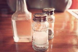 Vinegar as baking powder substitute